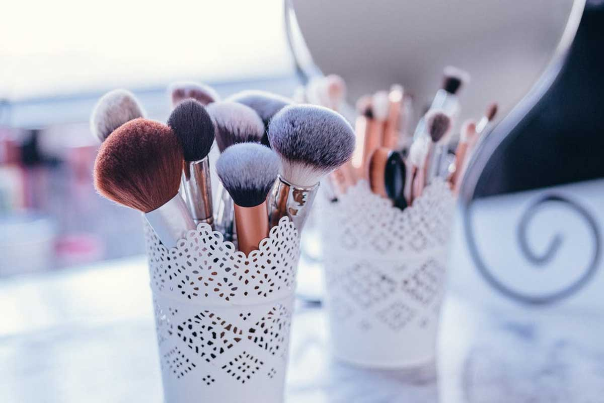 Makeup Brush Now Available With Us